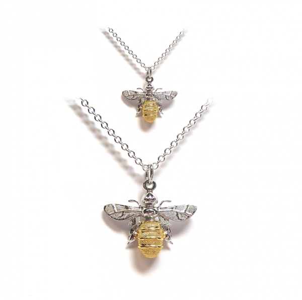Bee pendant in gold and silver