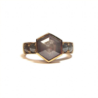 Yellow gold ring with rose cut honeycomb diamonds